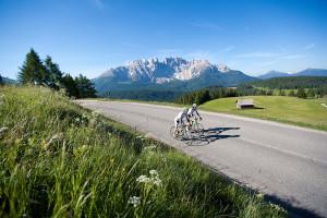bici strada passi dolomitici